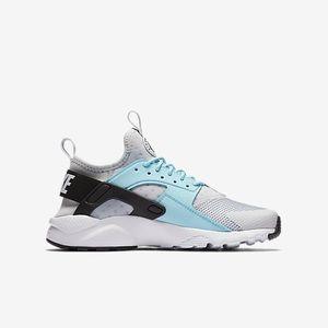 Shoes | Nike Air Huaraches Ultra Light